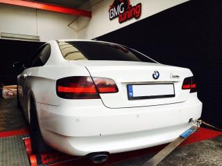 BMW e93 320d 177KM